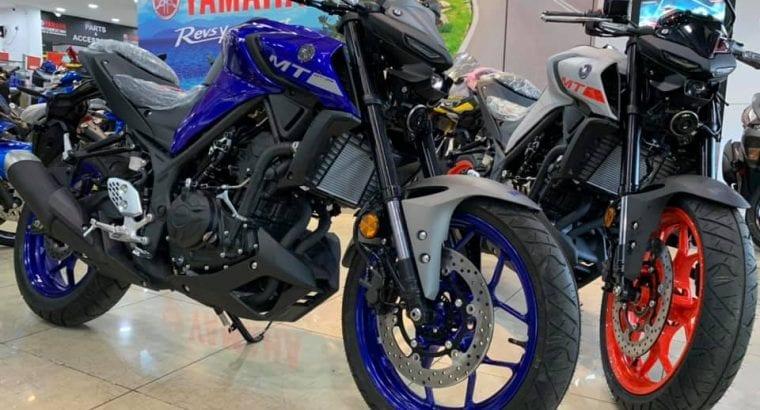 Yamaha MT-25 Abs / MT25 ~ Windshield ~ Exhaust