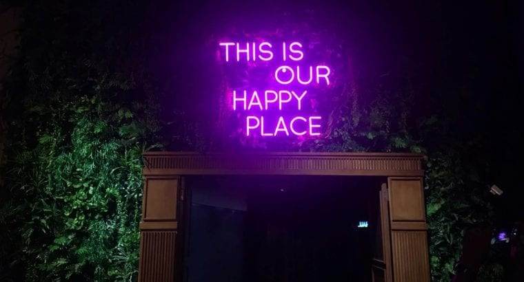 Looking for a amazing neon sign? ✨