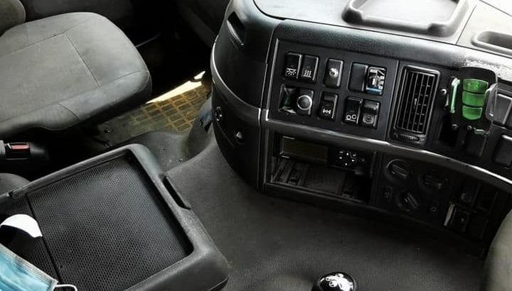 Volvo FM12 6×2 tayar 8, rebuild 2009/2010